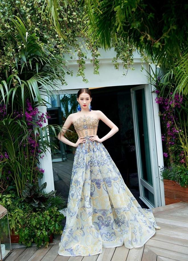 Nhung bo canh giup tieu hoa dan Quan Hieu Dong toa sang tai Cannes hinh anh 2