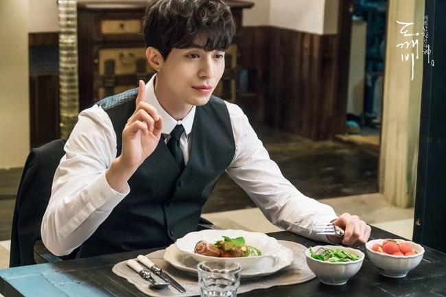 Lee Dong Wook se la ho ly nam dau tien cua man anh Han? hinh anh 3