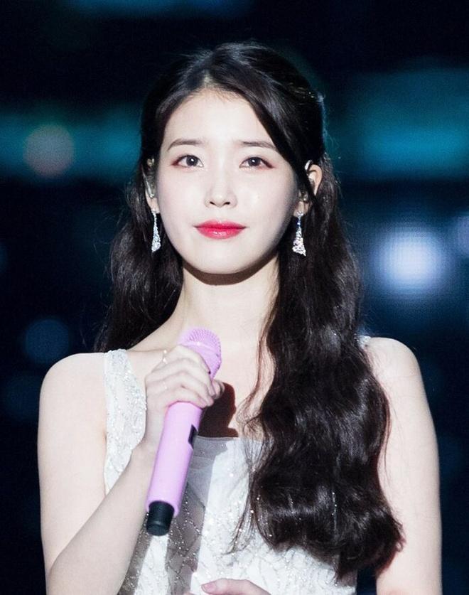 Nhung nu than solo thanh cong nhat Kpop 2019 hinh anh 10 iu-solo-1-696x883.jpg