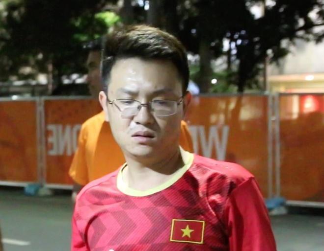 Nhieu CDV co ve nhung khong the vao san xem U22 Viet Nam hinh anh