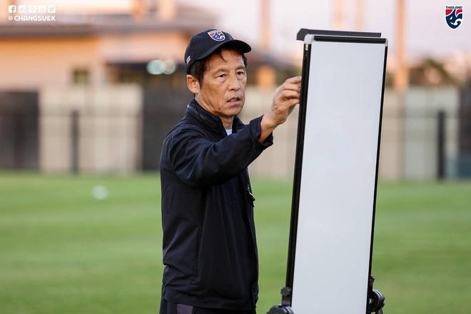 HLV Nishino: 'Tat ca se thay dang cap cua U23 Thai Lan' hinh anh 1 ni1.jpg