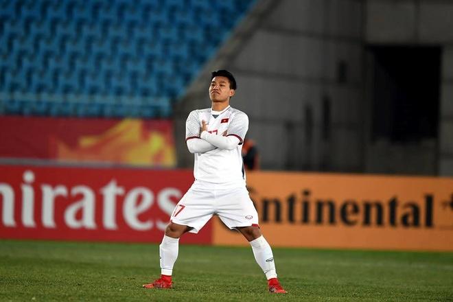 Pha khoanh tay ăn mừng mang khí phách của U23 Việt Nam tại sân chơi U23 châu Á 2018. Ảnh: AFC.
