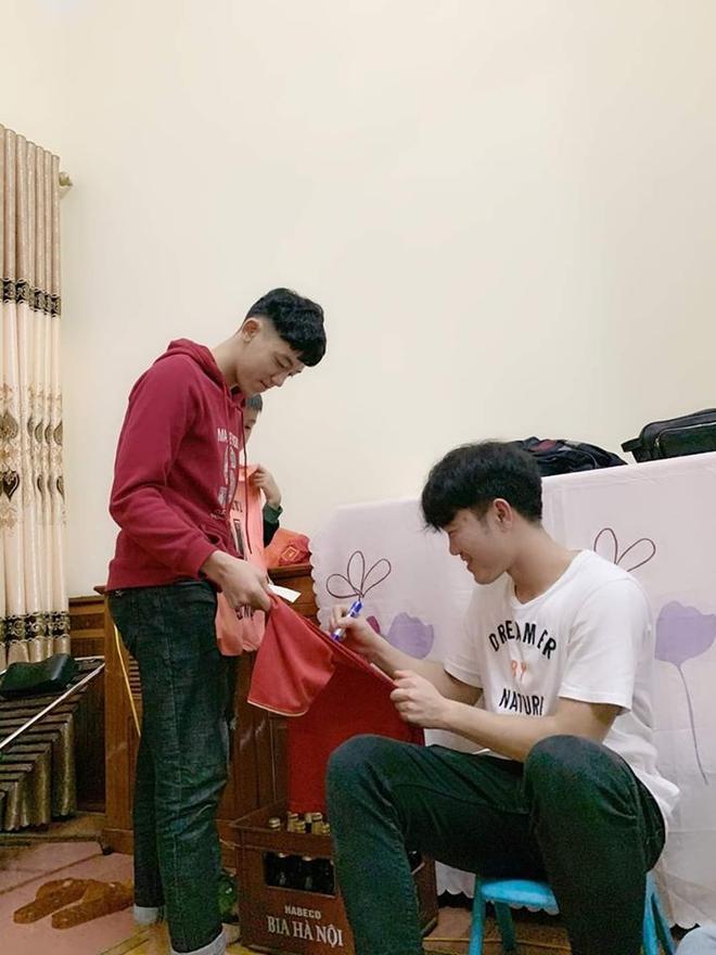 Xuan Truong cuoi hanh phuc trong dip don nam moi hinh anh 4