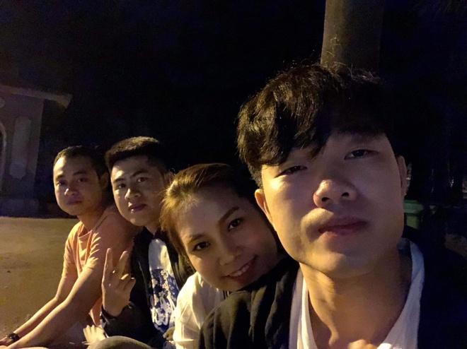 Xuan Truong cung Thanh Chung di tham thay dip Tet hinh anh 2
