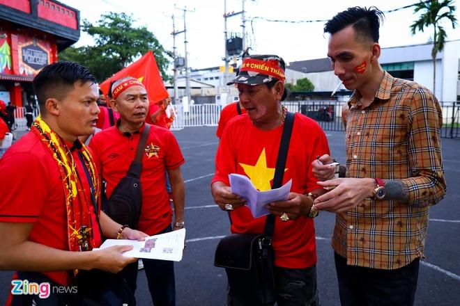 Khan gia co the vao xem tran giao huu Viet Nam - Kyrgyzstan hinh anh 1 ch_zing.jpg