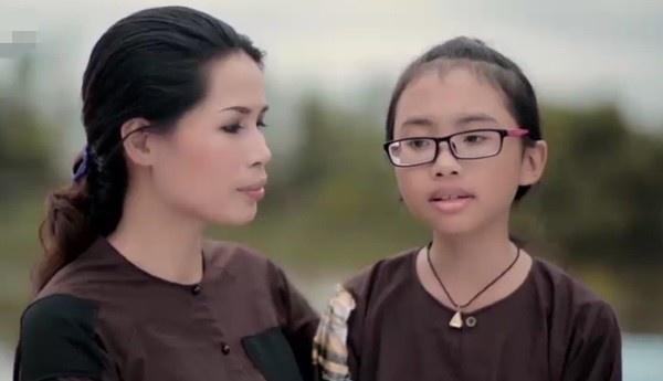 MV dau tay cua Phuong My Chi 'gay bao' tren BXH Zing hinh anh