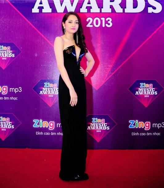 Nguoi dep Viet long lay di du ZMA 2013 hinh anh 12