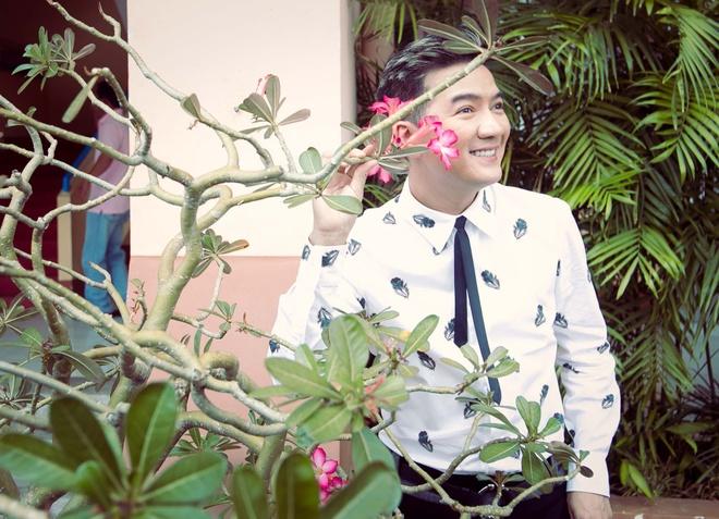 Dam Vinh Hung sua toc cho Ho Quynh Huong hinh anh 4 a