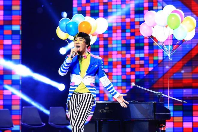 Dam Vinh Hung nai ni Ho Ngoc Ha dong vai thien o X Factor hinh anh 1 Đinh Huy cần