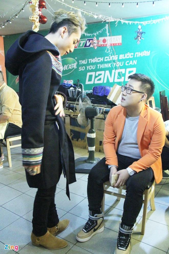 Quang Huy dua Son Tung M-TP di dien sau vu cam van hinh anh 6