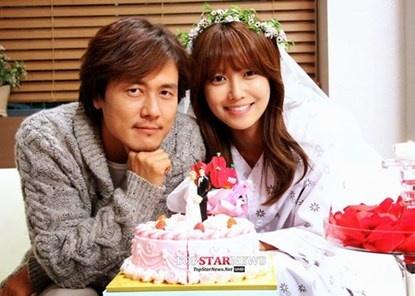4 ca si thanh cong nhat phim Han nam 2014 hinh anh 3 Sooyoung đóng cặp với bạn diễn hơn cô 14 tuổi.
