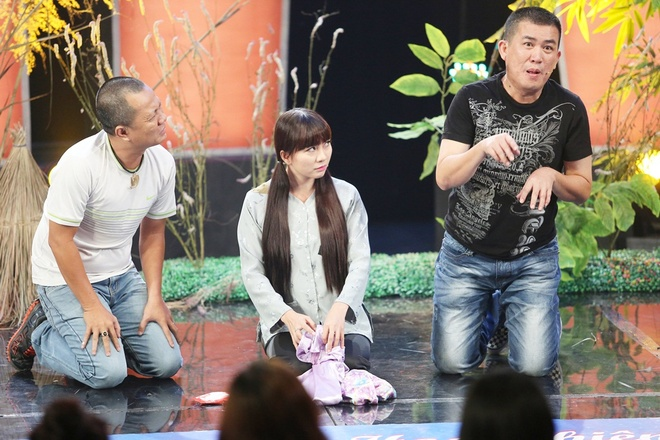 Tran Thanh lam o-sin nhieu chuyen, Viet Huong me trai tre hinh anh 12 Tuy