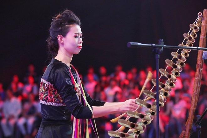 Tỷ số chung cuộc là 3 – 2 nghiêng về đội khách. Chí Tài – Xuân Lan nhận được 25 triệu đồng tiền thưởng khi vượt qua Hoài Linh – Việt Hương.
