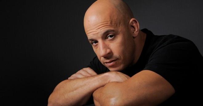 Vin Diesel xung danh thu linh hinh anh 1 Tuy ít xuất hiện trong những phần phim nhưng Vin Diesel vẫn rất xứng đáng ở vị trí anh cả và thủ lĩnh của toàn bộ diễn viên trong phim.