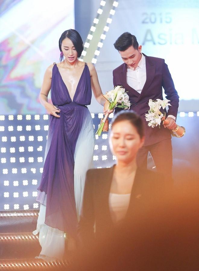 Trang Khieu - Vo Canh nhan giai Ngoi sao nguoi mau chau A hinh anh 3 Danh hiệu giúp chân dài có thêm động lực theo đuổi sự nghiệp người mẫu. Đồng hạng với chân dài Next Top Model có người mẫu Võ Cảnh. Anh được đánh giá là một trong những tên tuổi đang lên của làng thời trang Việt.