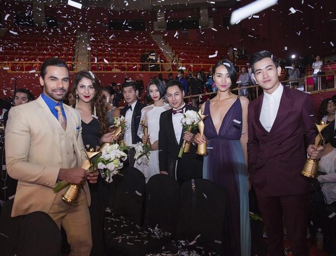 Trang Khieu - Vo Canh nhan giai Ngoi sao nguoi mau chau A hinh anh 4 Năm 2013, Võ Cảnh nhận danh hiệu giải đồng Siêu mẫu Việt Nam và giải triển vọng Siêu mẫu châu Á.