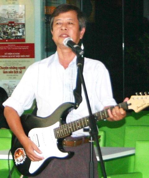 Chuyen it biet ve tac gia 'Hong dam dau' hinh anh 1 Nhạc sĩ Nguyễn Văn Hiên.