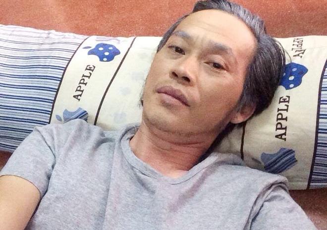 Hoai Linh nam lan loc cho quay hinh game show moi hinh anh