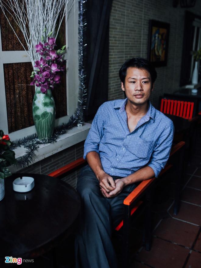 Con trai Thuong Tin: Xot canh cha nai lung kiem tien nuoi em hinh anh 1