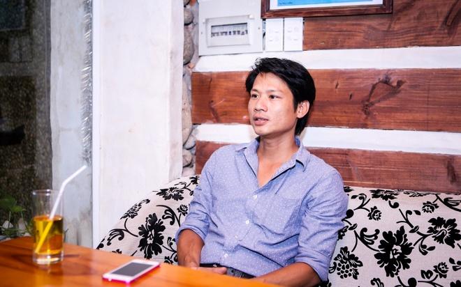 Con trai Thuong Tin: Xot canh cha nai lung kiem tien nuoi em hinh anh 2