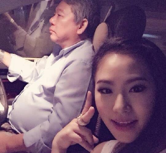 Bo Luong Bich Huu lam tai xe dua don con gai di dien hinh anh