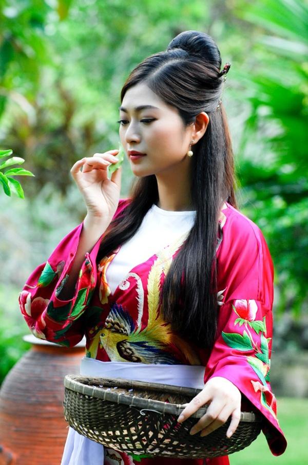 Thanh Truc va Khuong Ngoc la hai duong thang song song hinh anh 3 T