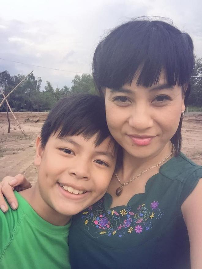 Cat Phuong muon Nhat Cuong, Truong Giang 300 trieu mua nha hinh anh 1 Mẹ con Cát Phượng sẽ dọn về nhà mới trong thời gian tới.