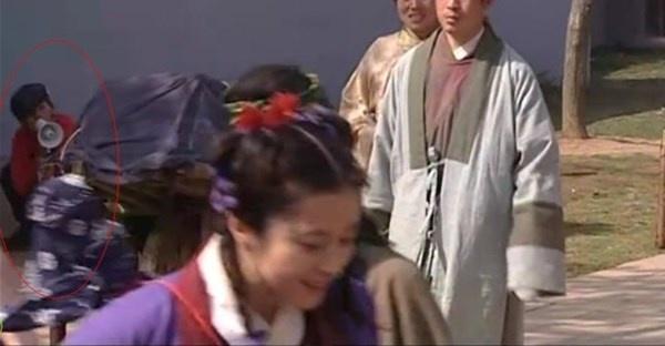 Bat loi ngo ngan trong phim Hoa ngu hinh anh 12