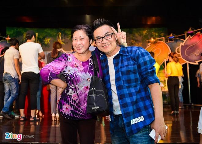 Sao Viet cung To o nha rieng Minh Nhi, san khau Thanh Loc hinh anh 8