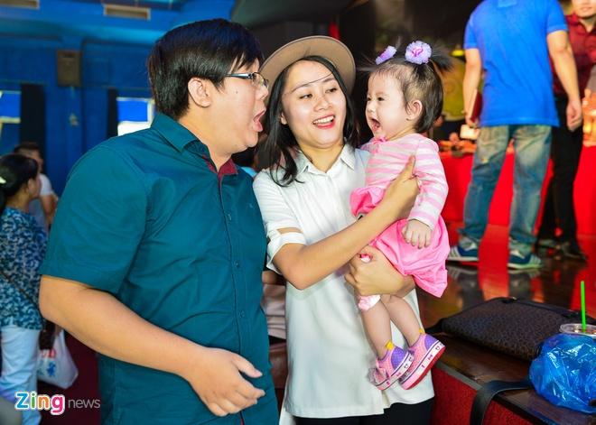 Sao Viet cung To o nha rieng Minh Nhi, san khau Thanh Loc hinh anh 9
