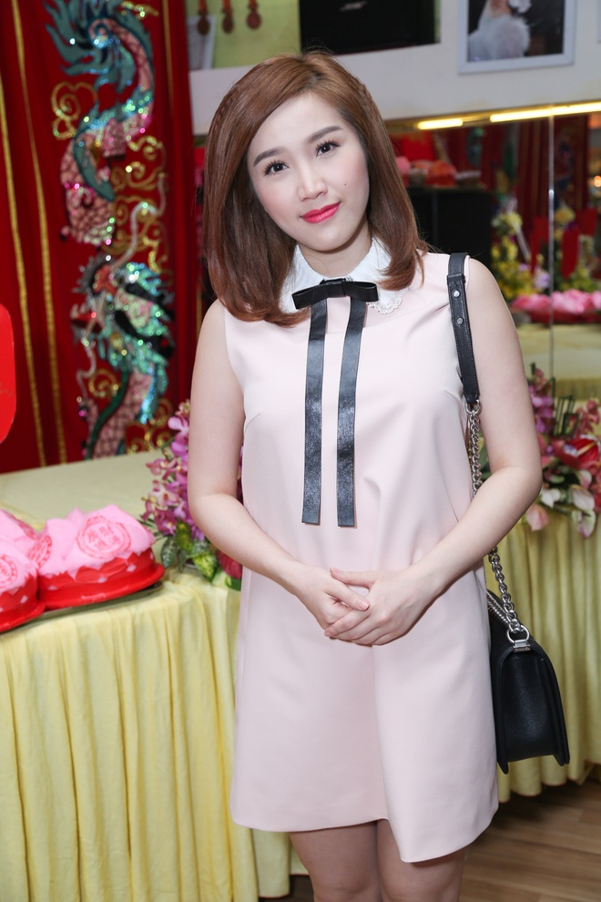 Sao Viet tap nap cung To ngay cuoi hinh anh 8