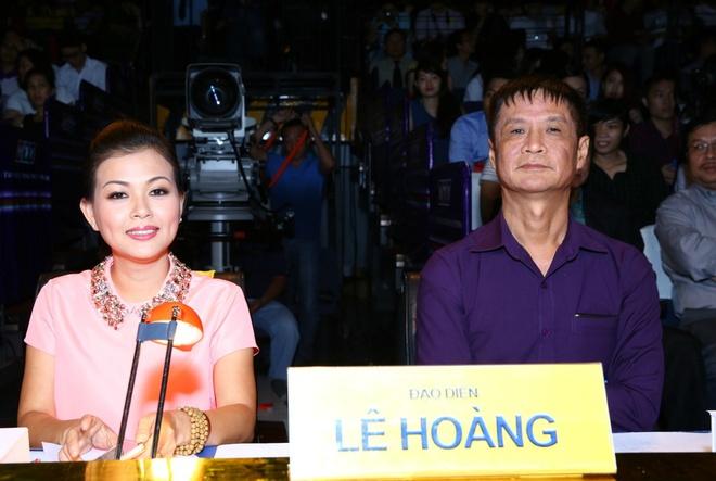 Tim kheo leo dap tra khi bi Le Hoang che hat do hinh anh 4