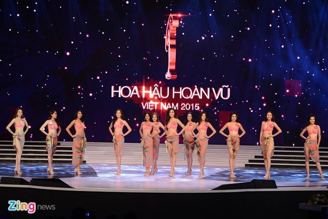 Pham Thi Huong dang quang Hoa hau Hoan vu hinh anh 28