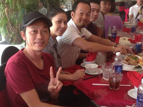 Nghe si Thuy Muoi: 'Hoai Linh la an nhan trong cuoc doi toi' hinh anh