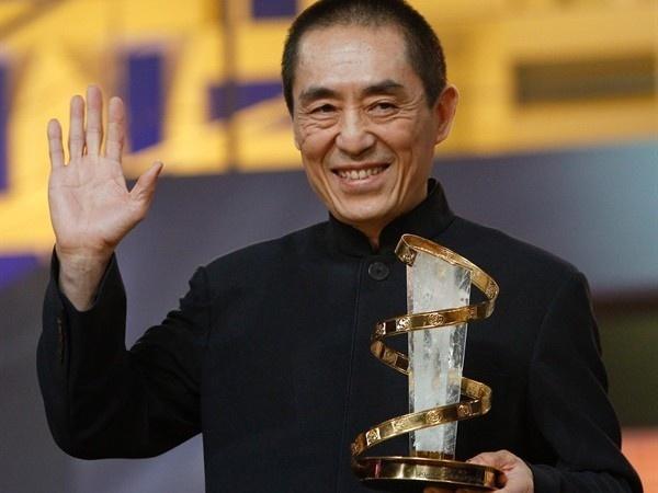 5 dao dien tai nang nang tam nen dien anh Trung Quoc hinh anh 3 Trương Nghệ Mưu là đạo diễn rất có uy tín và vị thế tại Trung Quốc. Ông được tin tưởng giao cho trọng trách tổng đạo diễn chương trình khai mạc và bế mạc Olympic và Paralympic Bắc Kinh 2008.