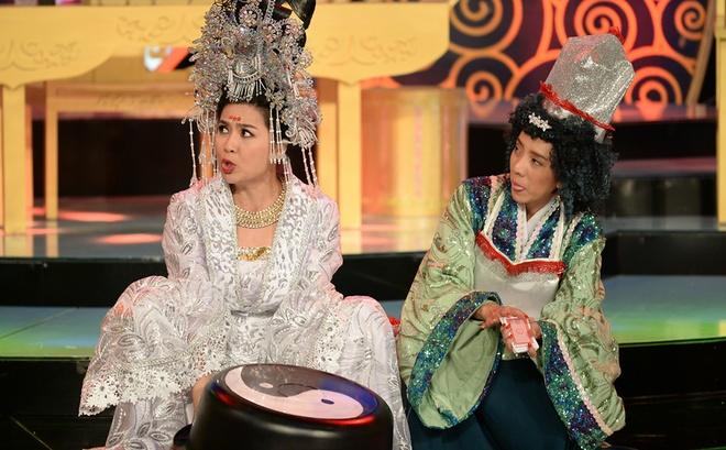 Le Khanh - Thu Trang hoc theo than bai TVB de dien hai hinh anh