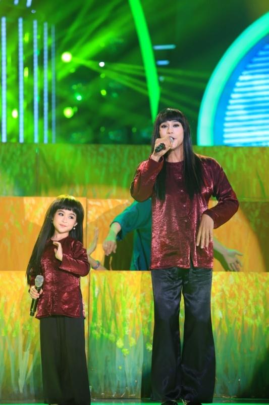 Phuong My Chi bi che hat khong giong Phan Dinh Tung hinh anh 7