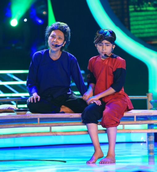 Phuong My Chi bi che hat khong giong Phan Dinh Tung hinh anh 4