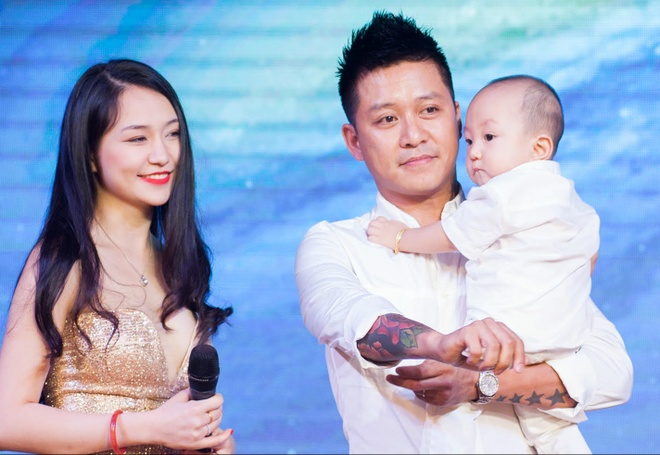 Tuan Hung to chuc tiec sinh nhat 1 tuoi cho con trai hinh anh