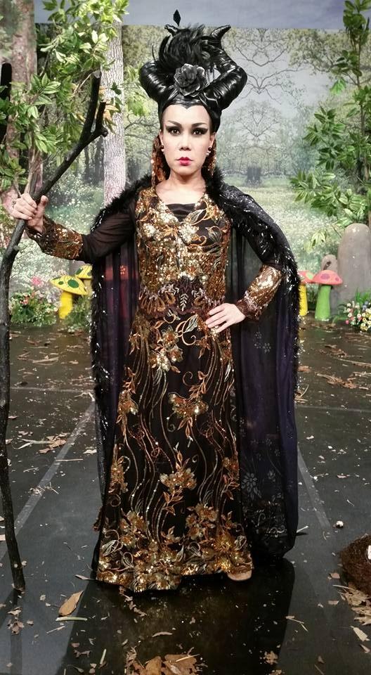 Sao Viet hoa trang rung ron trong ngay hoi Halloween hinh anh 1