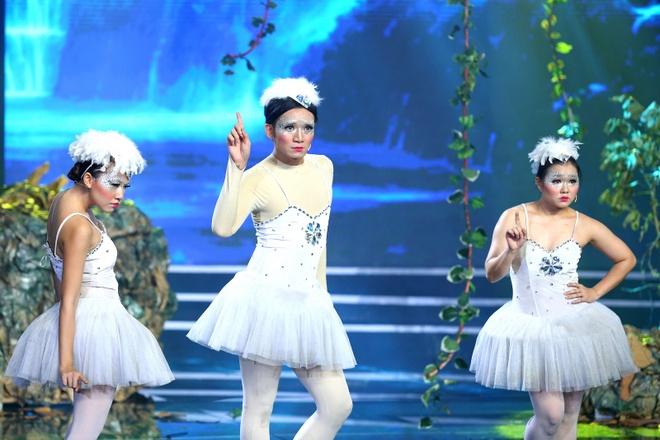 Tran Thanh dam dia nuoc mat khi loai doi Bang Di hinh anh 1