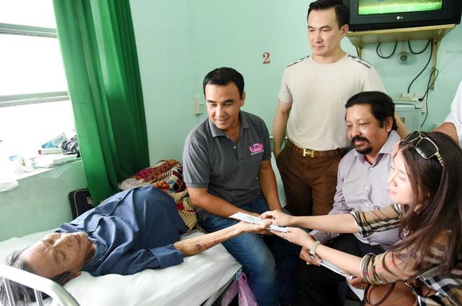 Nguyen Hoang va Thanh Luy nhan hon 200 trieu dong chua benh hinh anh