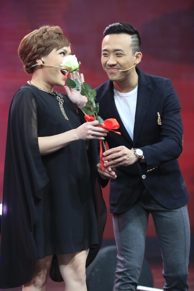 Ban gai Pham Van Mach chiu choi trong game show hinh anh 1