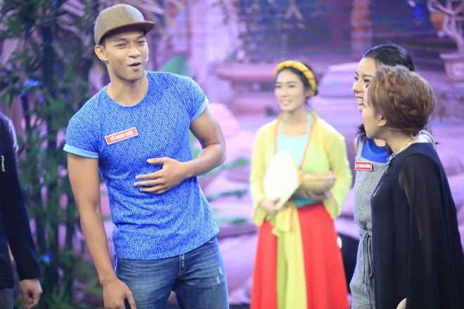 Ban gai Pham Van Mach chiu choi trong game show hinh anh 3