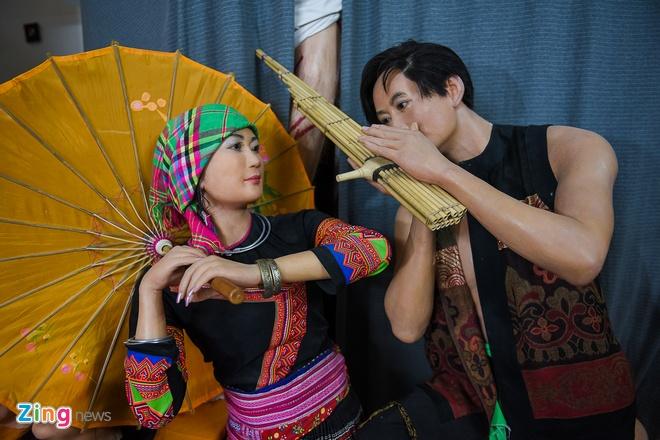 Den san khau lay so do Hoai Linh de lam tuong sap hinh anh 7