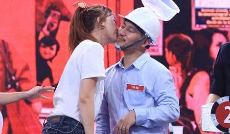 Hari Won hon Tien Dat an mung chien thang 50 trieu dong hinh anh