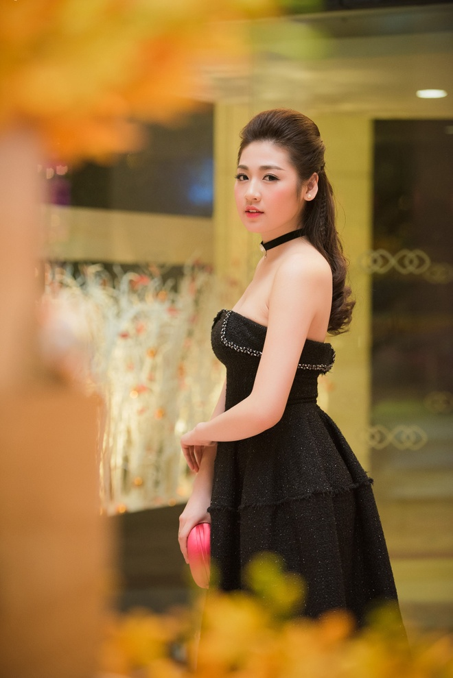 Hoa hau Mai Phuong Thuy than thiet voi A hau Tu Anh hinh anh 6