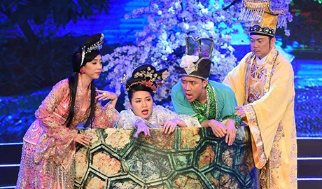 Le Khanh - Thu Trang mo phong cuoc chien chon tham cung hinh anh
