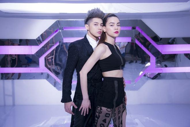 MV cua Ha Ho - Noo Phuoc Thinh ap dao cac doi thu hinh anh 1