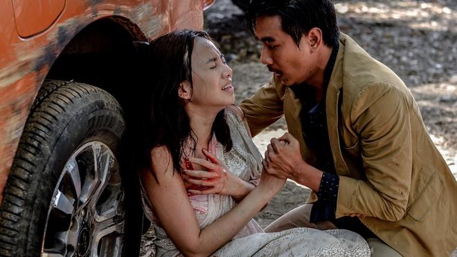 Binh Minh sac vi hon Dinh Ngoc Diep duoi nuoc hinh anh 7